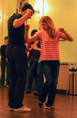 Hop to the Beat Class